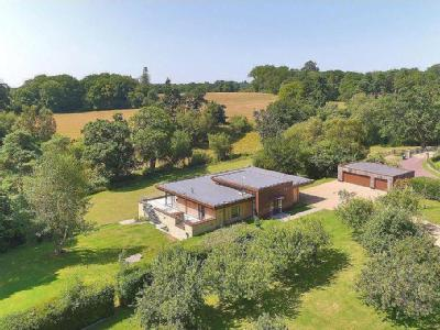 Ardingly Road, West Hoathly, East Grinstead, West Sussex, RH19