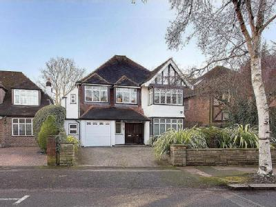 Lake View, Edgware, Middlesex