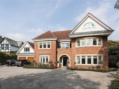 Belgrave Road, Bowdon - Detached, Gym