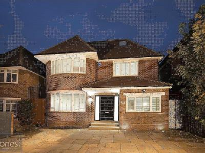 Connaught Drive, Temple Fortune, London NW11