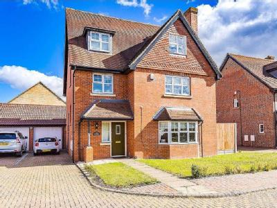 Deer Park Way, Waltham Abbey EN9