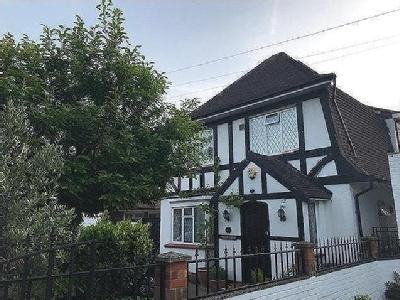 Firs Drive, Hounslow TW5 - Detached