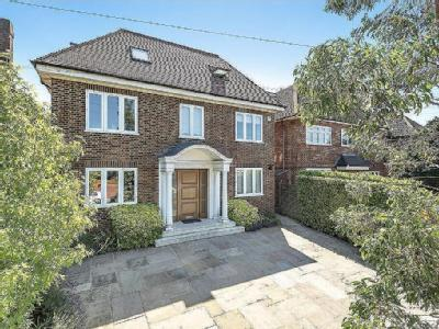 Parklands Drive, Finchley N3,