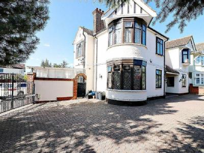 The Drive, Ilford IG1 - Detached