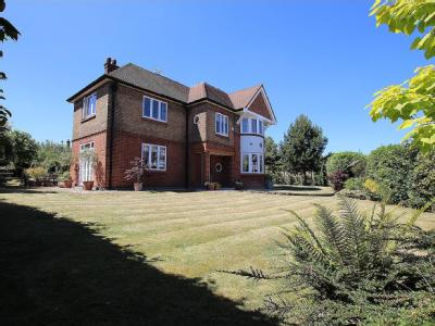 The Orchard, Winchmore Hill, London N21