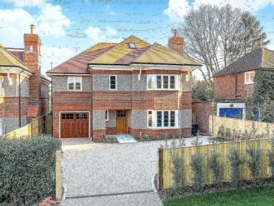 Vicarage Lane, Kings Langley, Hertfordshire WD4