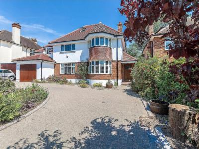 West Drive, Harrow HA3 - Detached