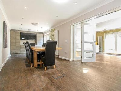 House for sale, Hertford - Reception
