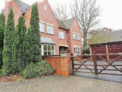 Whitchurch Lane, Dickens Heath, Shirley, Solihull, B90