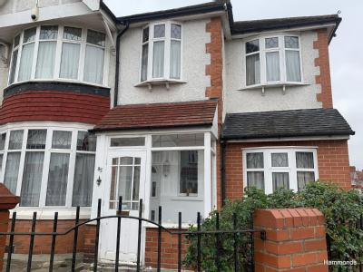 Ashburton Avenue, Ilford IG3 - Garden