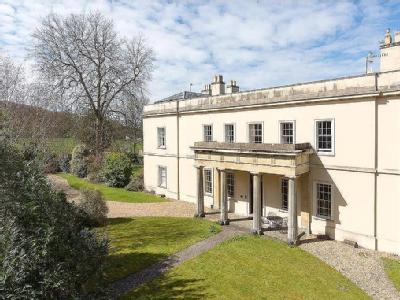 Significant part of Grade II listed Brockley Hall