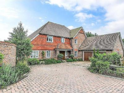 Downs Edge Place, Stable Lane, Findon, Worthing, BN14