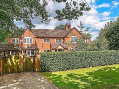 House for sale, Chandlers Lane