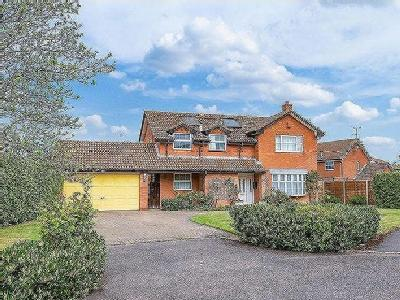 House for sale, Lydiard Close