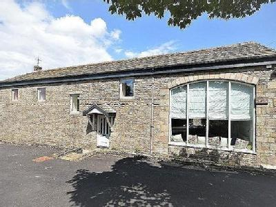 House for sale, New Mills - Detached