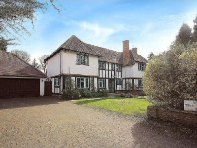 House for sale, Harpenden - Freehold