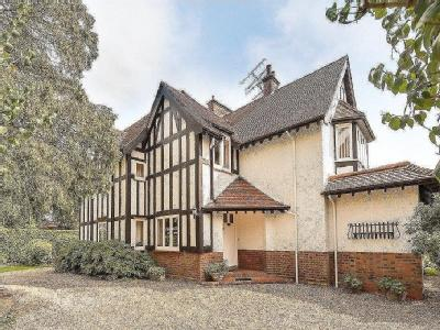 House for sale, Harpenden - Reception