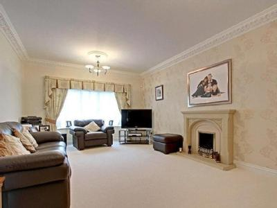 House for sale, Heads Lane - Detached
