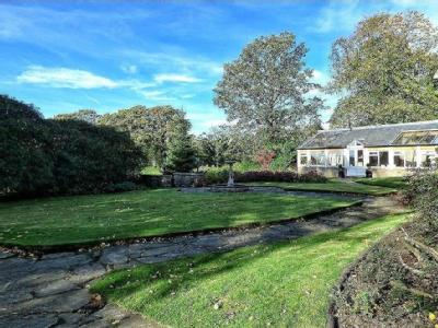 House for sale, Halifax Road - Modern