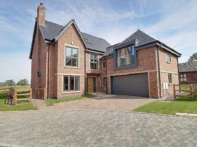 House for sale, Meadow View