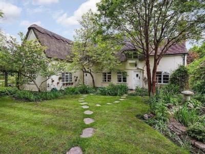 House for sale, Thurlow Road - Garden