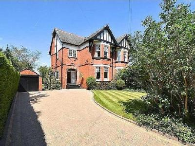 House for sale, Priory Road - Modern