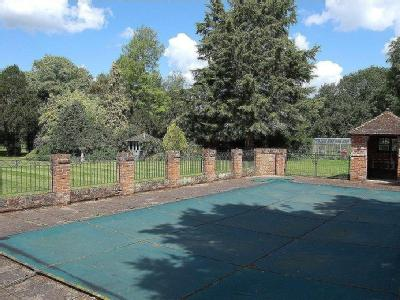 House for sale, Bury Road - Fireplace