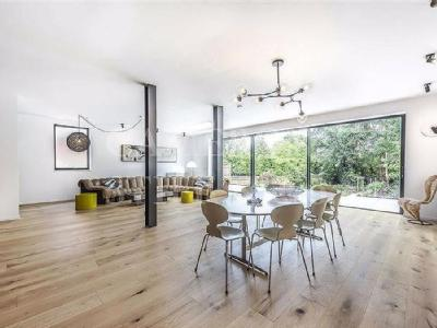 The Avenue, London, NW6 - Detached