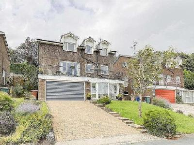 House for sale, Parkwood Drive