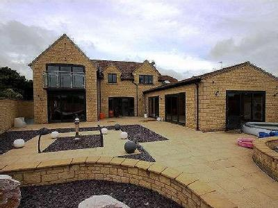 House for sale, Beanacre - No Chain