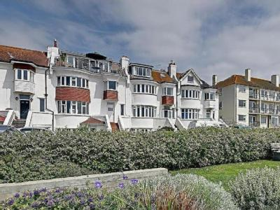 West Parade, Bexhill-On-Sea - Garden