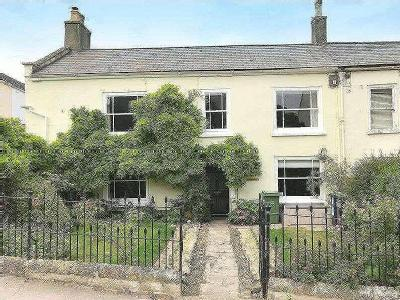 The Street, Charmouth, DT6 - Listed