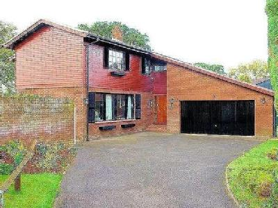 Charterhouse Close, Nailsea, BS48