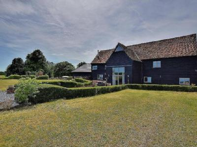 Wolseys Chase, Duton Hill - Listed