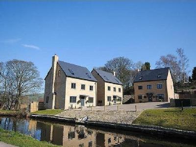 Property for sale, The Moorings