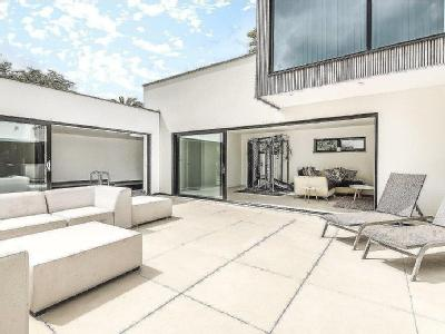 Property for sale, Treloyan - Patio
