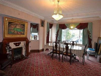 Flat for sale, Russell Road - Garden