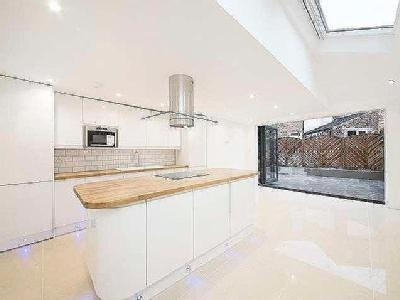 Property for sale, Friern Road