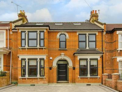 Forest Drive West, Upper Leytonstone, London E11