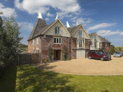 Howletts Farm, Soles Hill Road, Shottenden, Kent