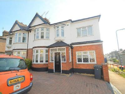 St. Barnabas Road, Woodford Green £1000 CASHBACK