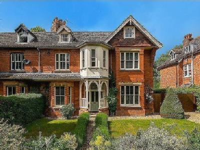 Alverstone House, Iddesleigh Road, Woodhall Spa