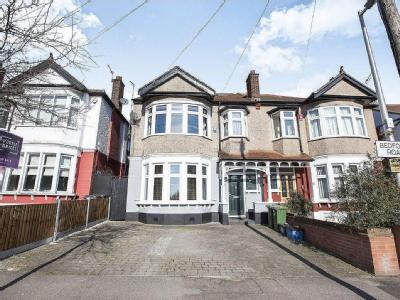 Bedford Road, London E18 - Garden