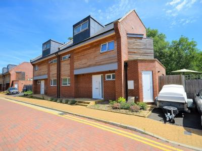 Waterside Close, Wembley, Middlesex HA9