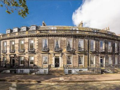 Carlton Terrace, Edinburgh - House