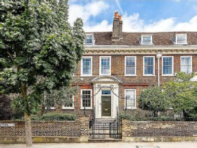 Old Town, Clapham, London, SW4