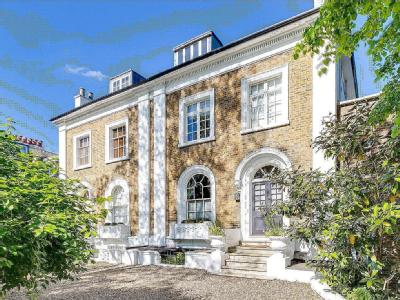 Castelnau, Barnes, London SW13