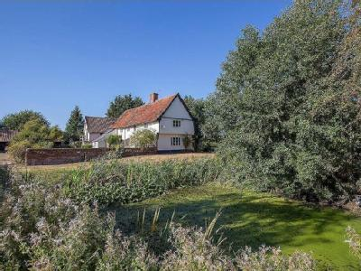 House for sale, Ipswich Road - Listed
