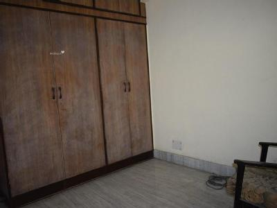 5 BHKFlat to let, Project - Balcony