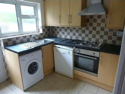 House to let, Colum Place - House